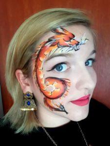 Aline japanischer Drache im Gesicht - Facepainting